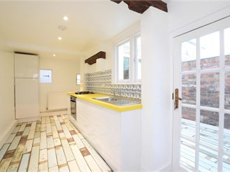 3 bedroom terraced house in Lewes