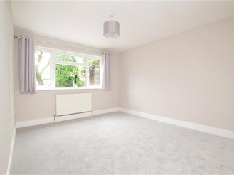 3 bedroom detached house in Horsham