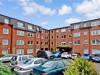 2 bed second floor retirement flat in Saltdean, Brighton