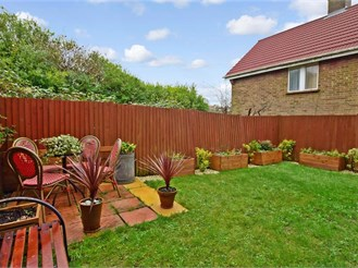 4 bedroom end of terrace house in Woodingdean, Brighton