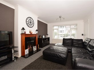 4 bed detached house in Purley