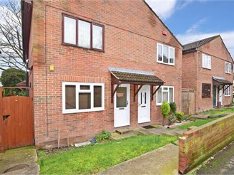 1 bedroom ground floor maisonette in Chatham