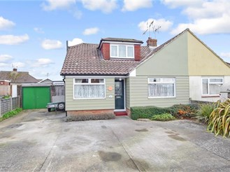 4 bedroom semi-detached bungalow in Waterlooville