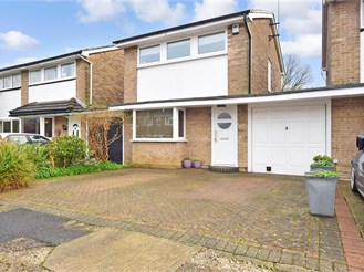 3 bedroom detached house in Three Bridges, Crawley