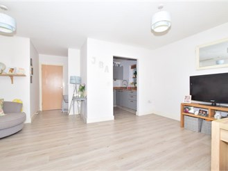 2 bed ground floor apartment in Ashington
