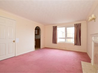 1 bed first floor flat in Sandown