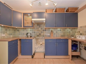 3 bedroom second floor apartment in Southsea