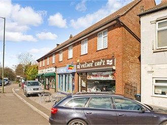 1 bed first floor flat in Warlingham