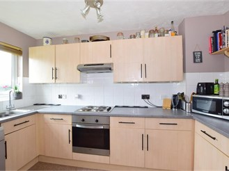 2 bed terraced house in Chichester