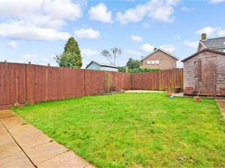 3 bedroom terraced house in Langley Green, Crawley