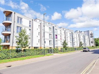1 bedroom first floor flat in West Green, Crawley
