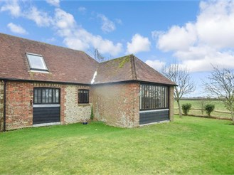2 bedroom barn conversion in Tangmere, Chichester