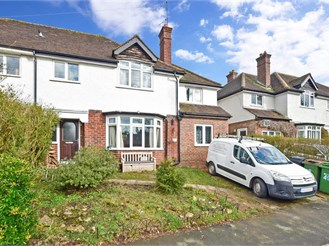 4 bedroom semi-detached house in Dorking