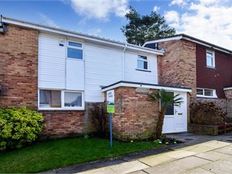 3 bedroom terraced house in Crawley