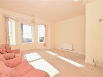 2 bed second floor apartment in Southsea