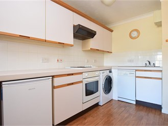 1 bed first floor retirement flat in Dorking