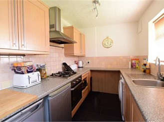 3 bed semi-detached house in Woodingdean, Brighton