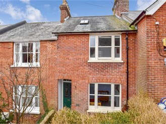 4 bed terraced house in Lewes