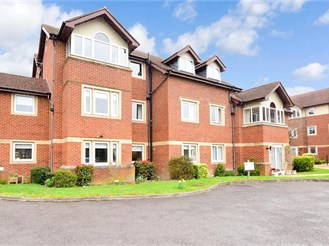 2 bed top floor retirement flat in Reigate