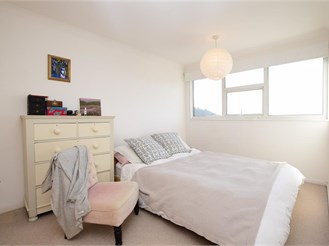 5 bed end of terrace house in Lewes