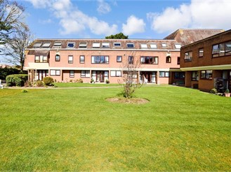 1 bed first floor flat in Worthing