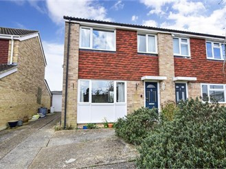 3 bed semi-detached house in Southwater, Horsham