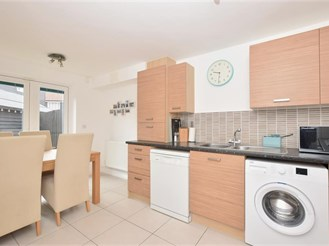 2 bed ground floor flat in Chichester