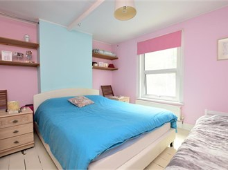 2 bed end of terrace house in Lewes