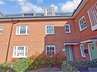 2 bed first floor flat in Worthing