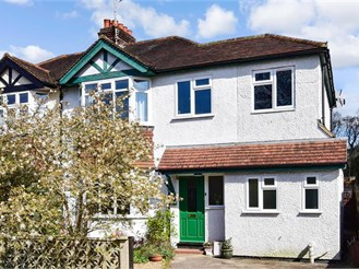 4 bed semi-detached house in Dorking